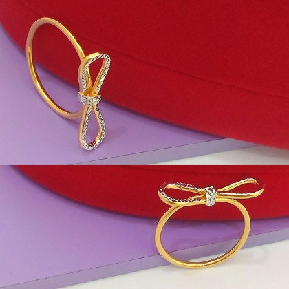 916 Gold Bow Ring
